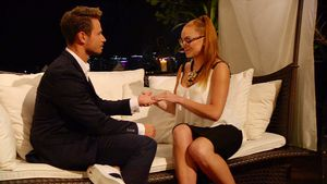 Bachelor-Kandidatin Alesa Music mit Sebastian Pannek