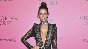 Alessandra Ambrosio im November 2016 bei der Victoria's Secret-Show in Paris