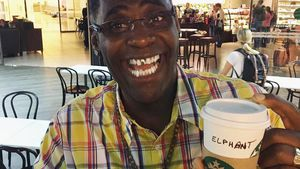 "Funny-Starbucks-Fail: DSDS-Alphonso heißt jetzt ""Elphant""!"