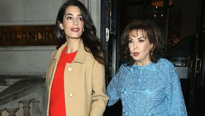 Amal Clooney mit ihrer Mutter Baria Alamuddin in London