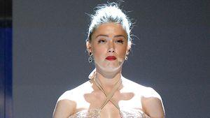 Amber Heard im November 2016 auf der Bühne einer Preisverleihung in Los Angeles