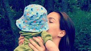 Angelina Heger mit ihrem Neffen