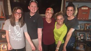 Für todkranke Mama: Familien-Tattoo für Mackenzie McKee!