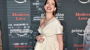 Mama-Glow: Anne Hathaway schwanger und happy auf Premiere!