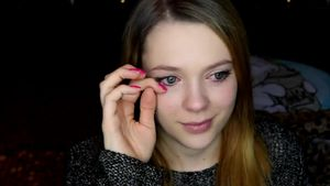 Bittere Tränen: Anne Wünsche weint im Clip auf YouTube!