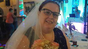 Nach Blitz-Verlobung: Ingos Liebste Annika fängt Brautstrauß