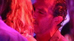 Erwischt! Antonio Banderas flirtet den Frust weg