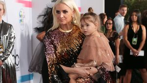 AMAs: Ashlee Simpsons Tochter (2) feiert Red-Carpet-Debüt