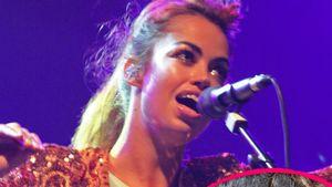 Aura Dione kickt Rihanna vom Chart-Thron!
