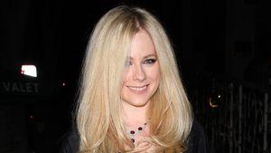 Nach Tod von Klon ersetzt? Avril Lavigne lacht über Theorie!