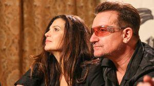 Ali Hewson und Bono 2013 bei einer Fashion-Show in La Quinta