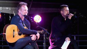 Brad Pitt und Sänger Sting auf der Bühne bei ROCK4EB! in Malibu