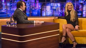 Britney Spears mit Talkmaster Jonathan Ross