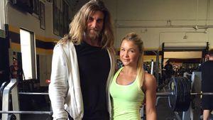 Brock O'Hurn und Sophia Thiel im Fitnessstudio