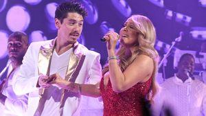 Bryan Tanaka und Mariah Carey bei einem Weihnachtskonzert in New York