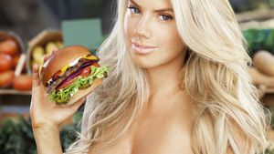 Burger-Girl Charlotte McKinney: Mini-Busen ohne Fast Food?