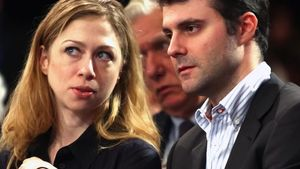 Chelsea Clinton sagt ja!