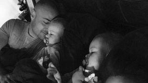 Süßester Post ever? Christian Tews kuschelt mit seinen Babys