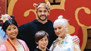 Disney-Spaß: Christina Aguilera und ihre Kids treffen Mulan