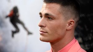 Nach Coming-out! Colton Haynes' Vater beging Selbstmord!