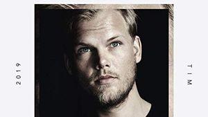 Ein Jahr nach seinem Tod: Neues Avicii-Album ist draußen!