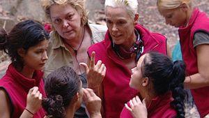 Lesbische Liebe: Intim-Talk im Dschungelcamp!