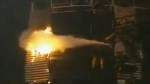 WWE: Feuuueeerrr!! Alarm in der Liveshow...