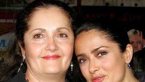 """""""Danke für die Gene"""": So ähnlich sieht Salma Hayek ihrer Mom"""