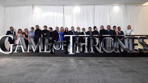 """Game of Thrones""-Nathalie rief Mama vor erster Sexszene an"