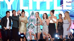 Die Stars von Pretty Little Liars bei den Teen Choice Awards 2016