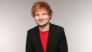 Baby verhüllt: Ed Sheeran mit Frau und Kinderwagen auf Tour