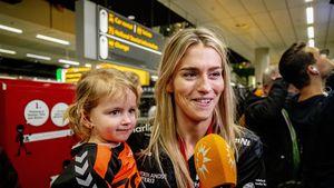 Süß! Hier feiert Estavana mit Tochter Jesslynn den WM-Titel