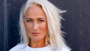 Elsa-blond: GZSZ-Star Eva Mona Rodekirchen hat neue Frisur