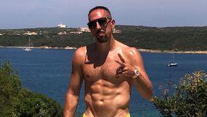 Weit weg vom WM-Trubel: Franck Ribéry zeigt Mega-Sixpack!