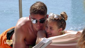 """Nach """"Love Island"""": Fynn stattet Greta Liebesbesuch ab!"""