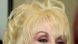 Dämlichstes Promibild des Tages: Dolly Parton