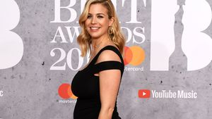 Red Carpet-Glow: Gemma Atkinson zeigt ihren Mega-Babybauch