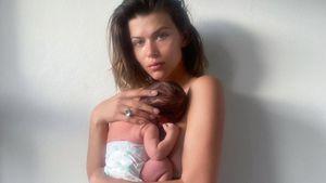 Model Georgia Fowler zeigt After-Baby-Body in Unterwäsche