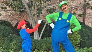 Gisele Bündchen mit ihrem Sohn im Halloween-Kostüm