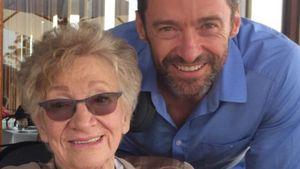Hugh Jackman mit seiner Schwiegermutter Fay Duncan