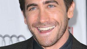 J. Gyllenhaal springt zum Geburtstag ins Eis-Meer