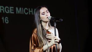 Jasmine Thompson: Wem widmet sie ihre Herzschmerz-Songs?