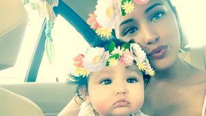 Jasmine Villegas mit Töchterchen Ameera