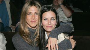 So süß gratuliert Jennifer Aniston Courteney Cox zum B-Day