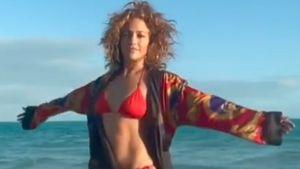 Sie tut es wieder: Jennifer Lopez zeigt ihren Luxus-Body