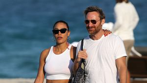 Durchtrainiert: David Guetta genießt Strandtag mit Freundin