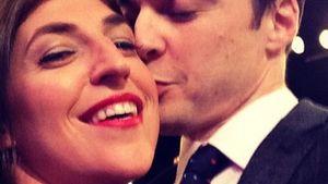 Liebeserklärung: Jim Parsons küsst TBBT-Kollegin