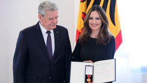 Joachim Gauck und Nazan Eckes im Schloss Bellevue