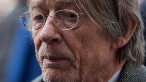 "Krebs-Diagnose: ""Harry Potter""-Star John Hurt erkrankt"