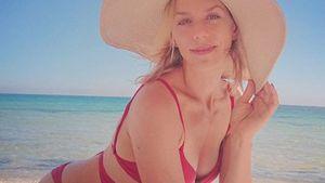 Julia Dietze begeistert mit heißen Bikini-Fotos vom Strand!
